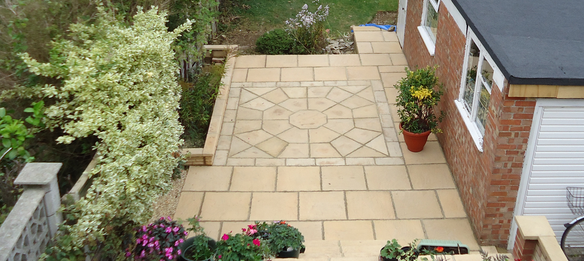 Octagon 2.3m - Octagon Feature 2300mm Patio Features Kits Minster Paving