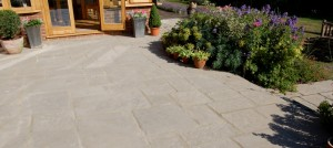 cotswold patio slabs