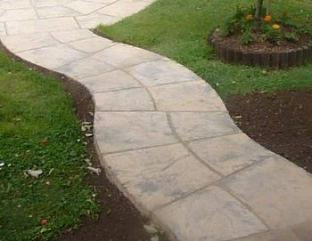 how to lay a garden path with paving slabs